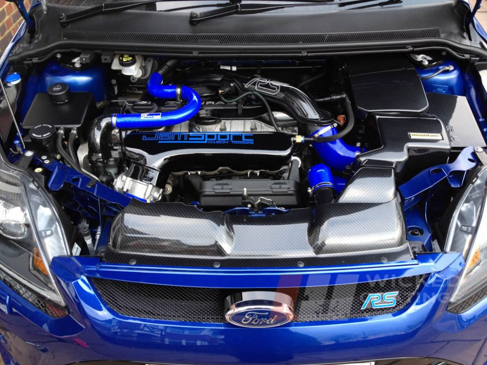 Carbon Dipping On Ford Focus Rs Engine Parts