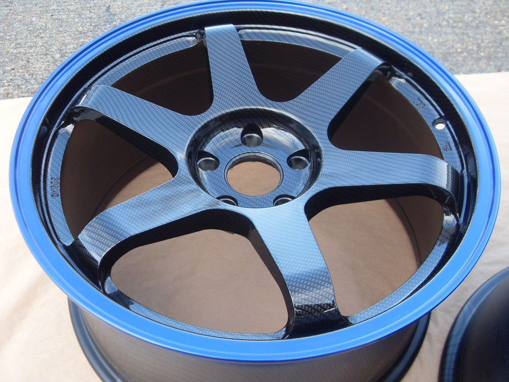 the alloy wheel coated carbon fiber and painted blue. Black Bedroom Furniture Sets. Home Design Ideas